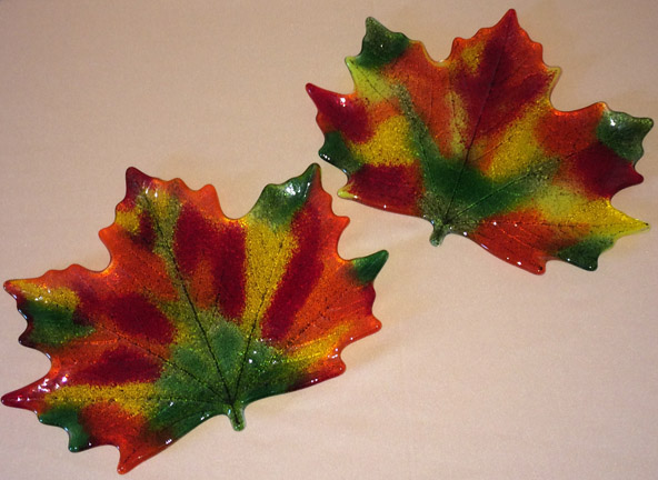 NEW!!! Maple Leaf Trays
